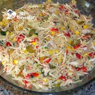 tavuklu tel sehriye salatasi