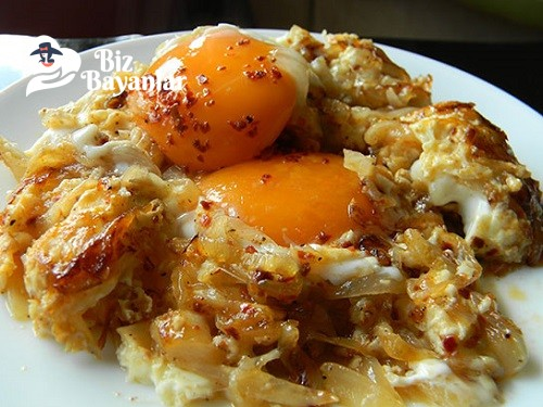 soganli yumurta tarifi