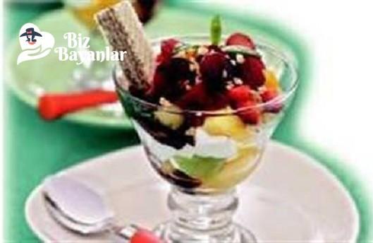 yogurtlu meyveli kup tarifi